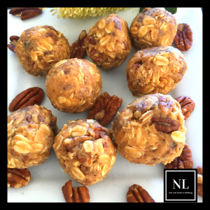 date and pecan oat bites