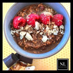 chocolate raspberry overnight oats